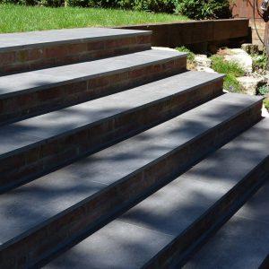 Garda Porcelain bespoke landscaped steps
