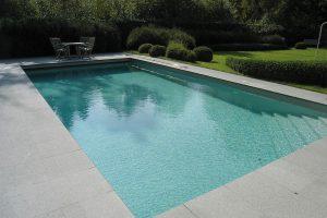 Fullerton Grey tile to pool edge.