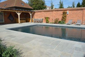 Georgian Antiqued Sandstone pool surrounds