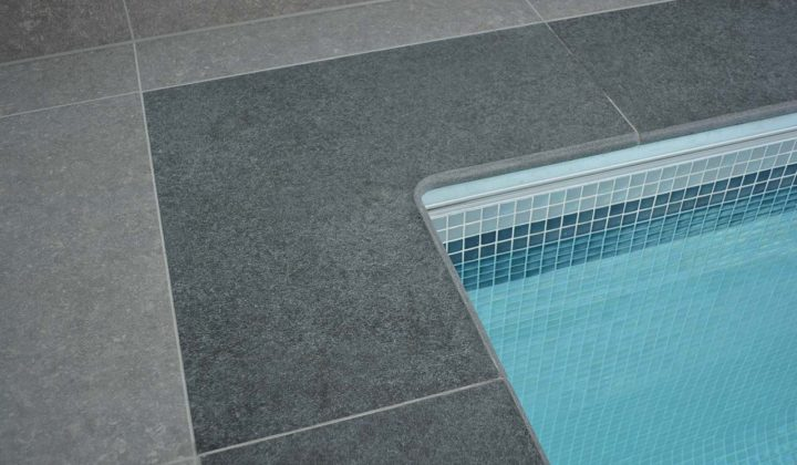 Swimming pool corner copings with 90° internal corner coping stone in Boston Porcelain