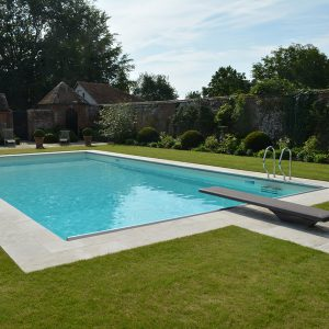 Travertine Tumbled and Unfilled pool copings.