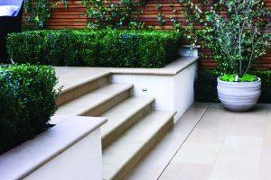 Leckford Sandstone steps in garden