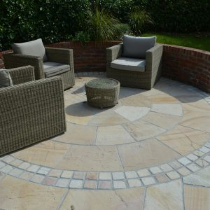 Cotswold Mint paving and setts