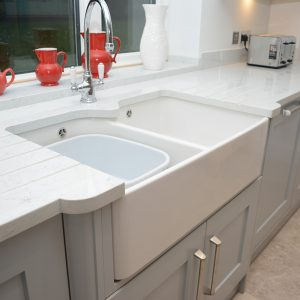 Arabescato Michelangelo Lapitec kitchen worktop with grooved drainage