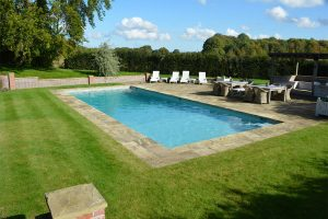 Natural Riven York pool surround and coping