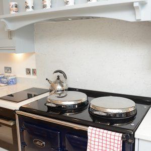 Lapitec kitchen worktop and splash board in Arabescato Michelangelo Lapitec