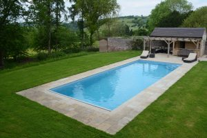 Downton Limestone on an established outdoor pool