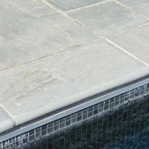 Georgian Antiqued Tumbled swimming pool coping 600 x 300mm