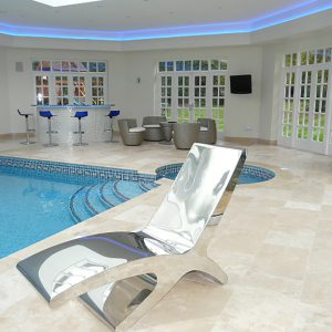 Travetine Honed & Filled pool surround