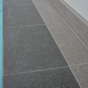 Boston Porcelain coping with Namur surround.