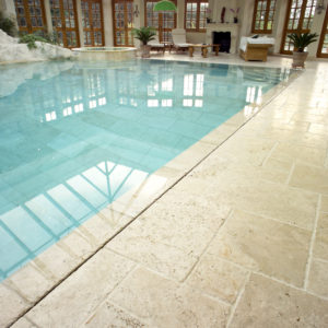 Tumbled & Unfilled Travertine pool