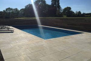 Danebury Sandstone pool paving when dry